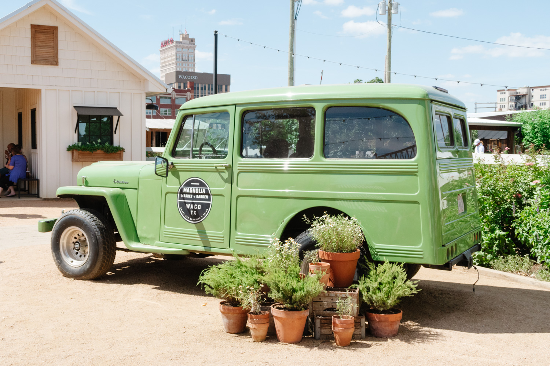 magnolia truck jmeyering creative - J.Meyering Creative